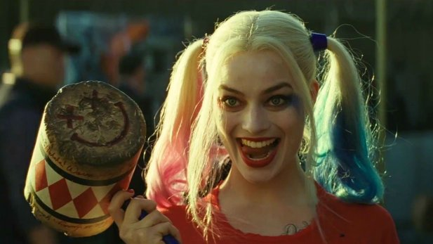 Im DC-Film Birds of Prey legt sich Margot Robbie als Harley Quinn mit Black Mask (Ewan McGregor) an.