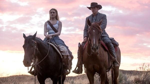 Erste Details zu Westworld Staffel 3 mit Breaking-Bad-Star Aaron Paul
